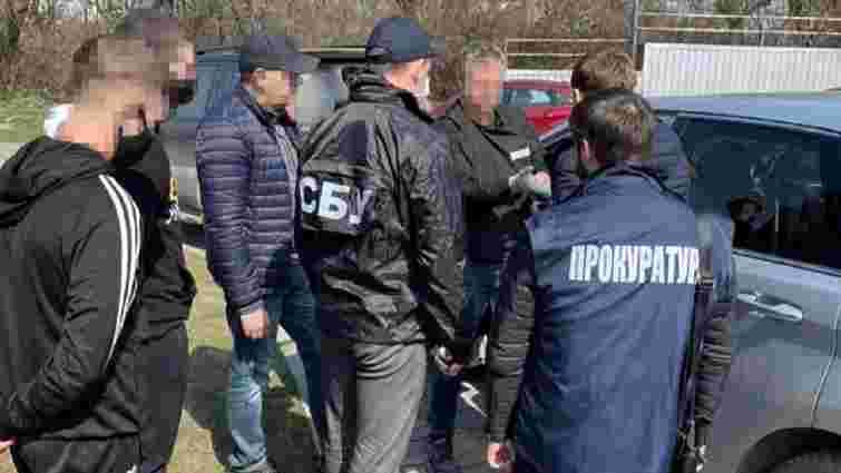 Затриманих на хабарі посадовців Держводагентства у Львові оштрафували на 51000 грн