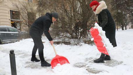Держаудитслужба звинуватила Львівську міськраду в порушеннях під час прибирання міста