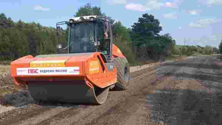 На Волині розпочали ремонт дороги вздовж північного узбережжя Світязя