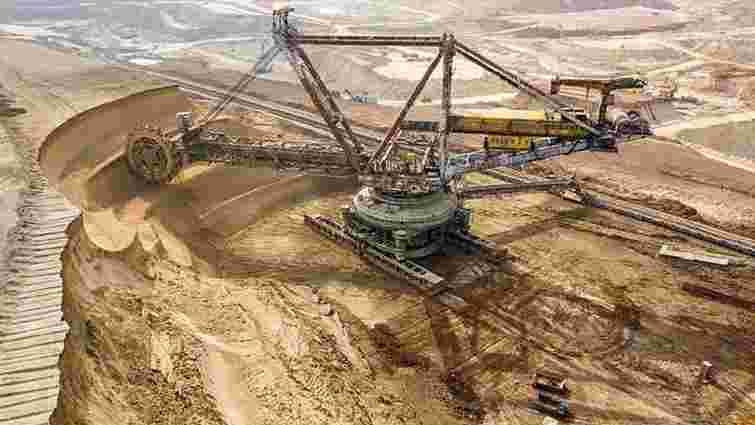 Комбінат Дмитра Фірташа позбавили ліцензії на родовище титанових руд