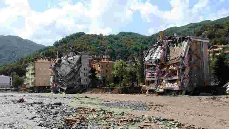 Кількість жертв паводків на півночі Туреччини зросла до 40 осіб