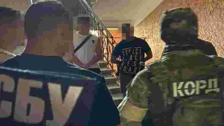 СБУ ліквідувала у Чернівцях схему продажу наркотиків з місячним обігом у 500 тис. грн