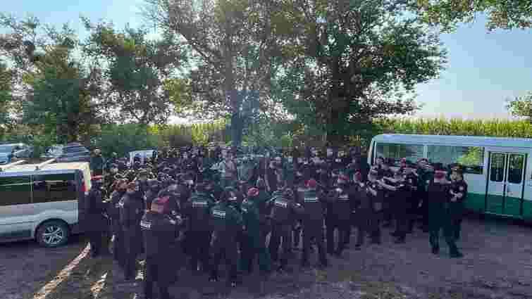 Поліція затримала шістьох активістів «Нацкорпусу» за спробу зірвати виступ Зеленського