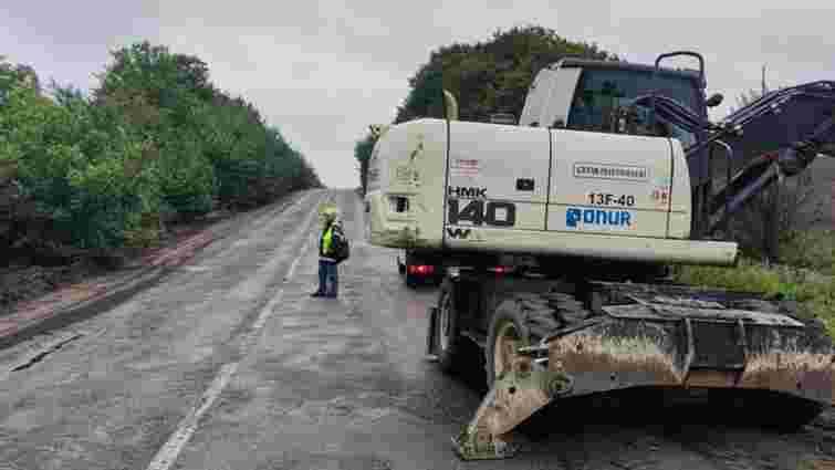 Дорожники почали ремонт траси з Мостиськ до Самбора