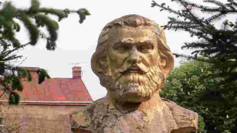 Незаконно демонтований пам'ятник Воробкевичу у Чернівцях встановлять повторно