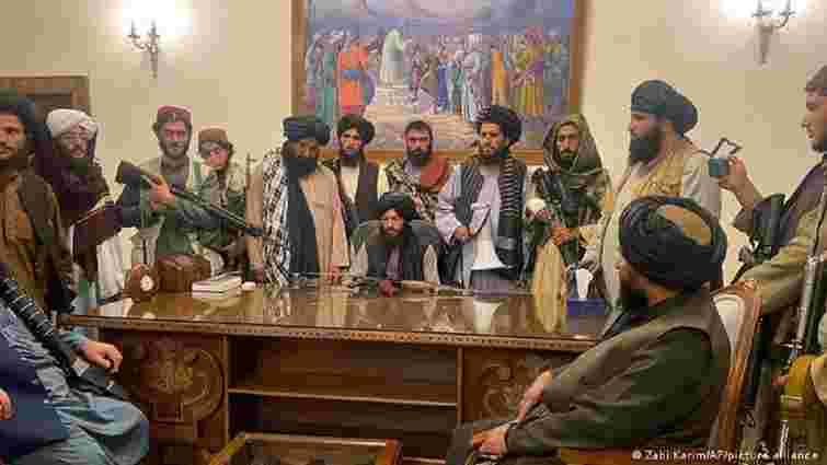 Кулеба відкинув можливість встановлення дипломатичних відносин з «Талібаном»