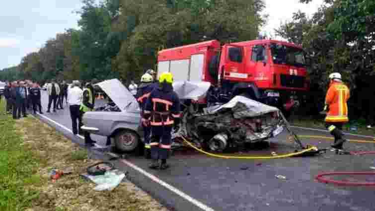 У ДТП на Прикарпатті загинула 68-річна пасажирка «Волги», ще п'ятеро постраждали