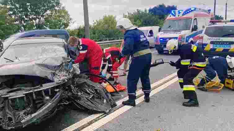 Через ДТП біля Івано-Франківська загинув 36-річний водій