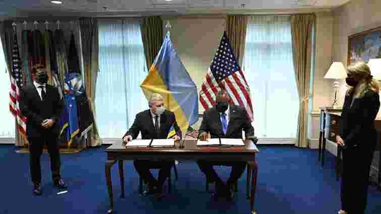 Україна і США домовилися про космічні польоти і оборонне партнерство