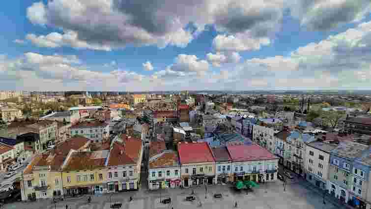 У Дрогобичі відмовились від запуску повітряних кульок після протестів екологів