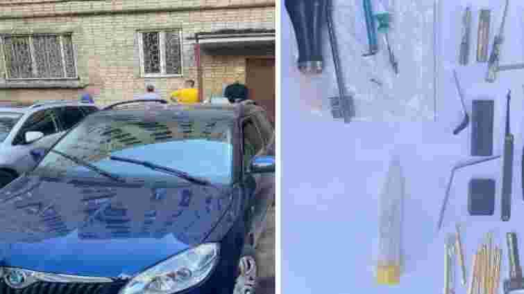 Львівська поліція затримала банду квартирних злодіїв