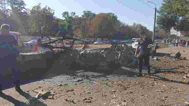 Під час вибуху авто в Дніпрі загинули речниця обласного ДСНС та ветеран АТО
