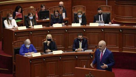 У новому уряді Албанії уперше переважають жінки