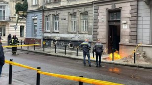 Через пожежу у центрі Львова перекрили рух вулицею Дудаєва