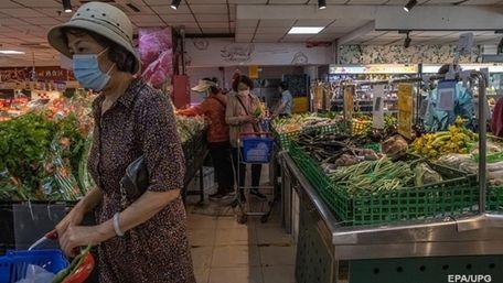 В середньому українці витрачають понад 40% своїх доходів на їжу