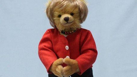 Німецька фабрика іграшок зробила ведмедика у вигляді Ангели Меркель