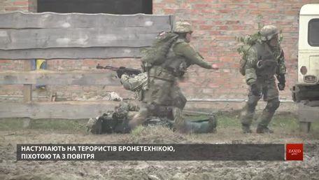 Під час навчань Rapid Trident на Львівщині військові вчились звільняти місто від терористів