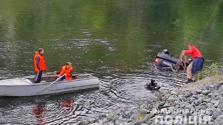 Троє людей загинули внаслідок падіння автомобіля в річку на Полтавщині