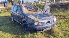 З річки на Рівненщині витягнули Volkswagen Golf з мертвим 24-річним водієм