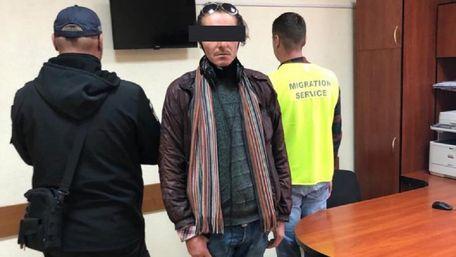 Іспанець три місяці жив у львівському ТРЦ, переховуючись від поліції