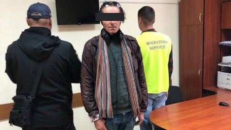 Іспанець-нелегал три місяці ховався від поліції у львівському ТРЦ