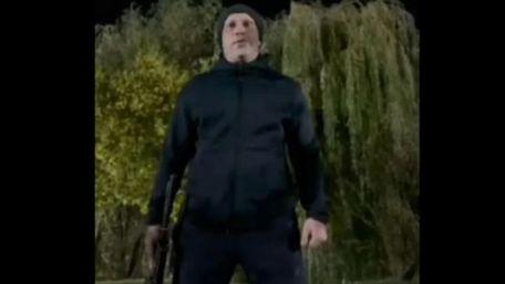 Ілля Кива опублікував відео, де він стріляє з автомата у парку