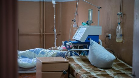 Від коронавірусу вперше померли понад 700 українців за добу
