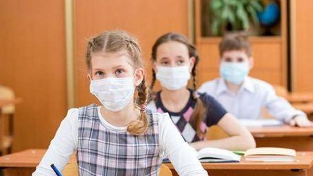 Із понеділка всі львівські школярі переходять на дистанційне навчання