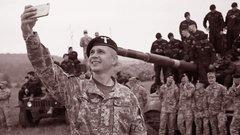 Військовики й влада в Україні