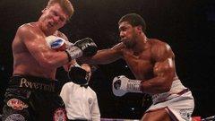 Ентоні Джошуа нокаутував росіянина Повєткіна в поєдинку за титул чемпіона світу з боксу