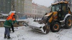 Львівських комунальників оштрафували на 670 тис. грн за нелегальних працівників