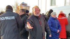 На Волині священик УПЦ (МП) відкрив стрілянину по активістах біля храму