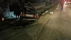 Нетверезий водій злетів з дороги і розбив автомобіль біля Рави-Руської
