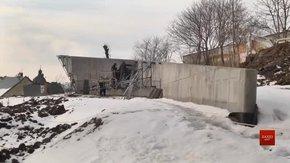 Завершити стелу меморіалу Героїв Небесної Сотні планують до річниці розстрілів на Майдані