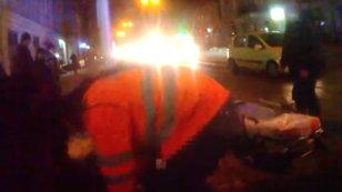 На магістральній львівській вулиці невідомий намагався повіситись на світлофорі