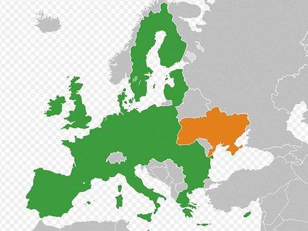 ЄС рекомендує парафувати угоду з Україною цього року