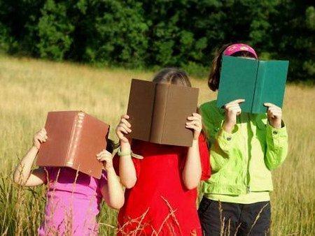 110 багатодітних сімей Львова отримали в подарунок 2 тисячі книг