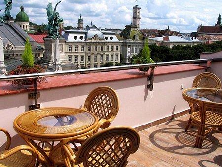 До Євро ресторани у Львові матимуть тримовне меню і Wi-Fi