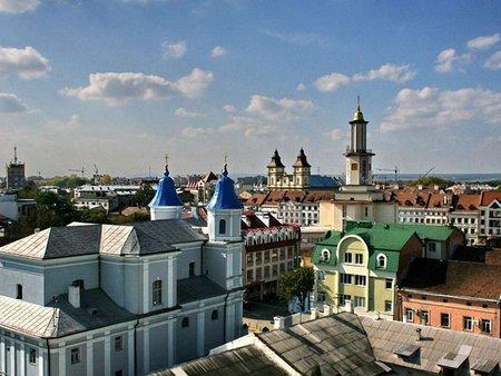На святкування 350-річчя Івано-Франківськ отримає 10 млн грн