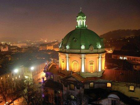 У церквах Львова на час Євро-2012 служитимуть іноземними мовами