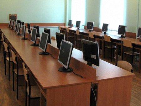 Інформатику у школах Львова вивчатимуть з 2 класу