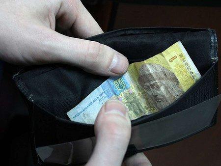 Найменші зарплати у Європі отримували українці та молдовани