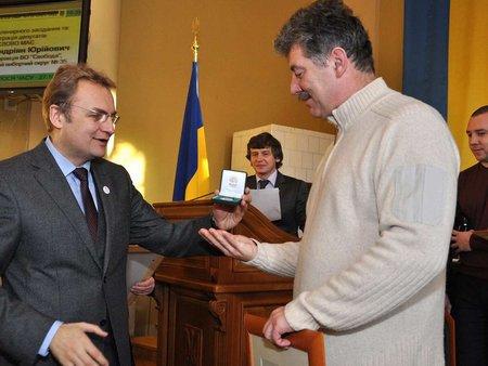 Мер Львова вручив відзнаки ватерполістам