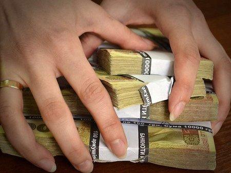Посадовець казначейства вимагав хабар за виділення коштів
