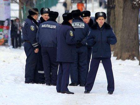 У Донецьку підстрелили чотирьох міліціонерів