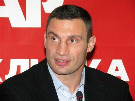 Янукович порадив Кличку домовлятися про Конституцію в Раді