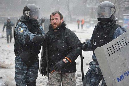 Суд над побитим львівським фотографом знову перенесли