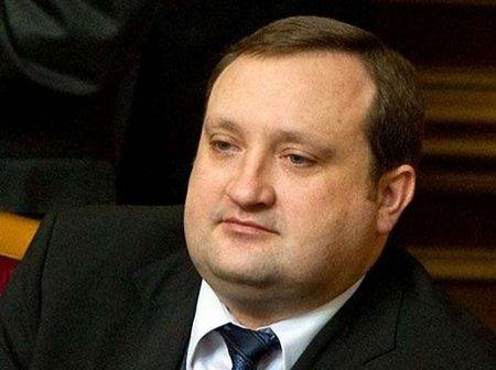 Янукович надав Арбузову повноваження глави уряду