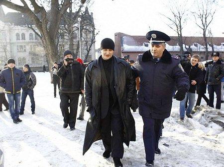 Роберта, який хотів розблокувати Львівську ОДА, відпустила міліція
