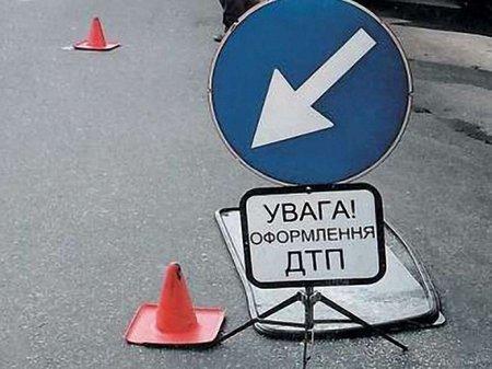 На Львівщині авто з'їхало в кювет: водій загинув